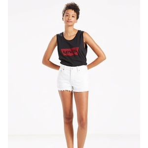 NWT Levi 501 White Shorts 27